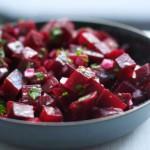 Recepti : Salata od kuvane ili sveže cvekle, varijante sa šargarepom, piletinom, pavlakom