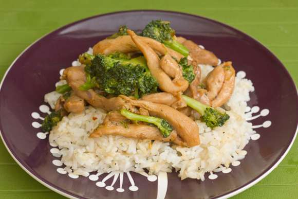 brokoli sa piletinom recept
